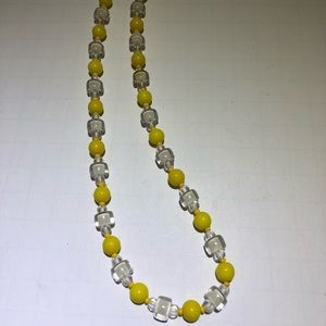 Vintage glass yellow & clear beaded necklace